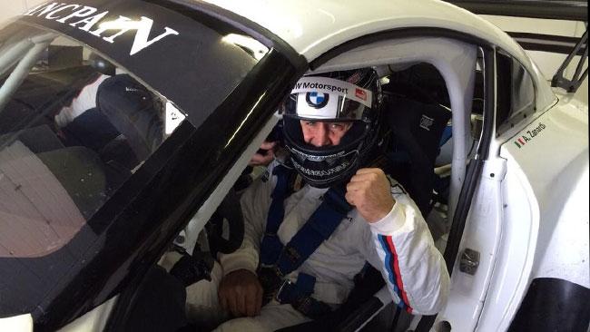 Ecco Alex Zanardi nell'abitacolo della BMW Z4 GT3