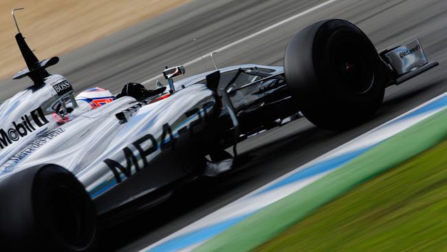 Jerez, Day 3 (ore 12,30): Button bene, male la Red Bull