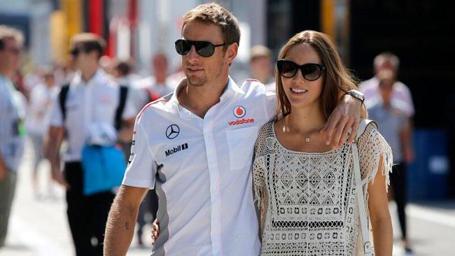 Jenson Button e Jessica Michibata presto sposi!