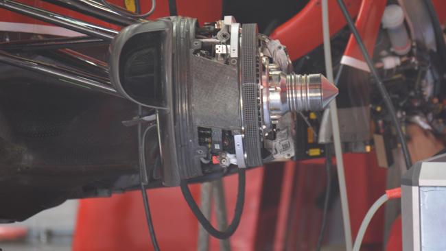 Ferrari: Raikkonen con il mozzo anteriore chiuso