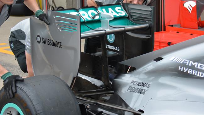 Mercedes: c'è il monkey seat anche in Canada