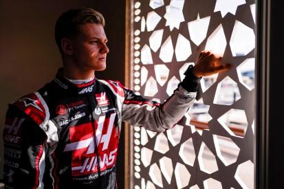 """Jenson Button: Mick Schumacher """"das komplette Gegenteil"""" von Masepin"""