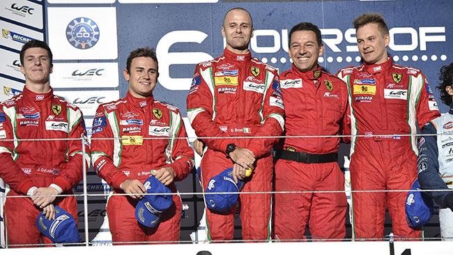 La Ferrari dedica la doppietta del Fuji a Bianchi