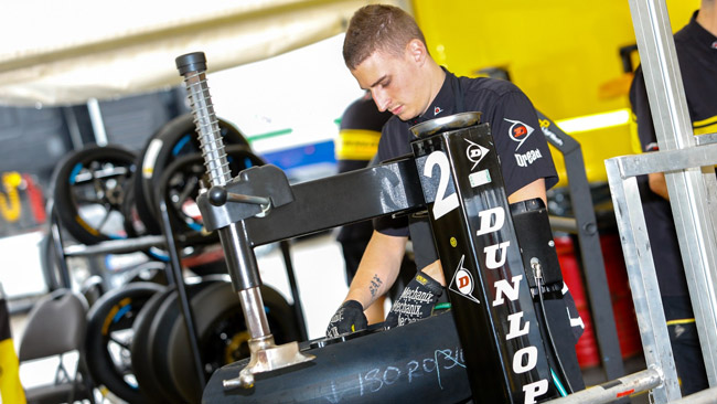Rinnovato l'accordo con Dunlop per Moto2 e Moto3