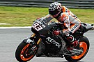 Sepang, Day 1: Marquez beffa Rossi ed è primo