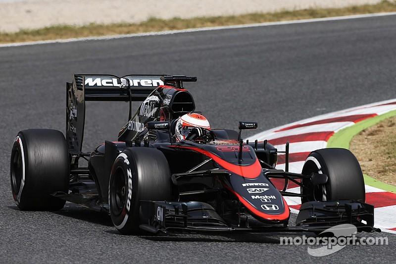Chefe da Honda acha que McLaren pode chegar ao pódio em 2015
