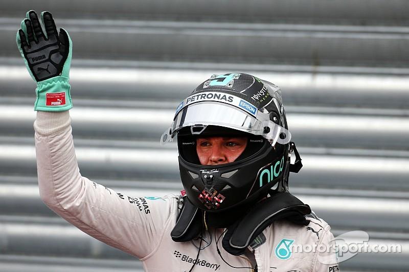 """Segundo no grid, Rosberg diz se sentir """"o oposto de Hamilton"""""""