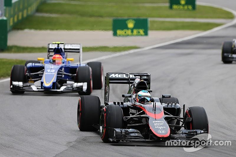 Alonso pede paciência a fãs após novo abandono no Canadá