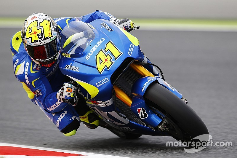 Suzuki 1-2 in Barcelona; Rossi only manages seventh