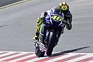 Rossi acepta presión por vencer a Lorenzo