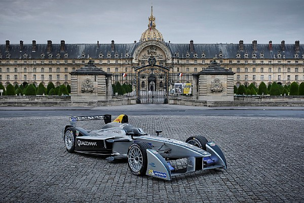 Paris ne cache pas sa joie d'accueillir la Formule E aux Invalides