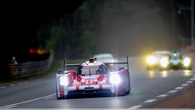 Test Le Mans: Porsche ancora in vetta con Hartley