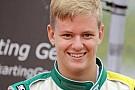 Mick Schumacher ha provato la Formula 4 a Valencia
