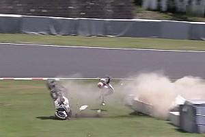 Bike Noticias de última hora Stoner protagoniza un violento accidente en las 8 Horas de Suzuka