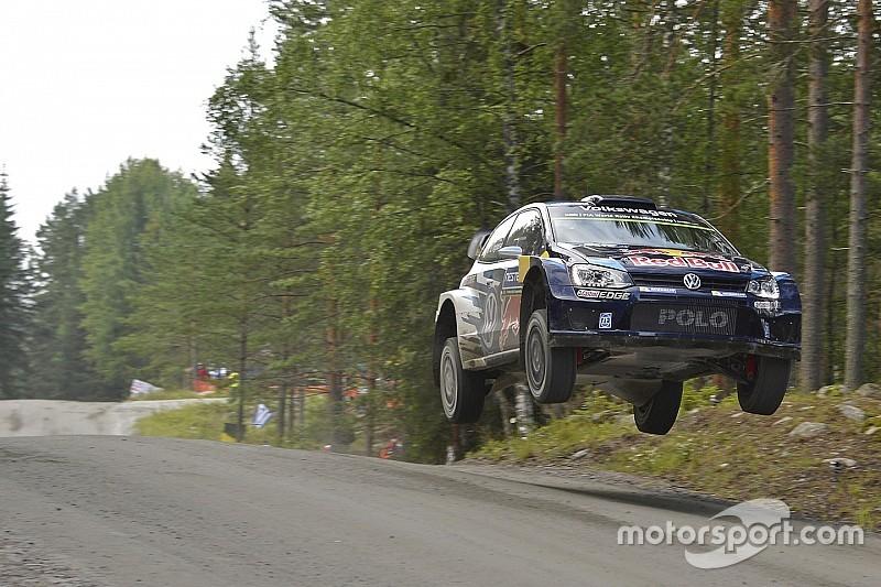 Ogier obtiene una leve diferencia en Finlandia