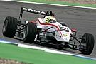 Hitech GP et Alexander Sims débarquent en F3 Europe
