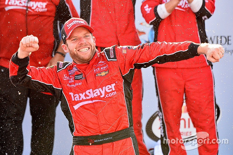 Regan Smith bumps, runs and wins