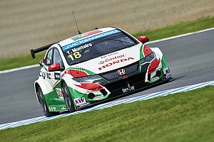 WTCC Race report Monteiro wins in Motegi as title contenders hit trouble