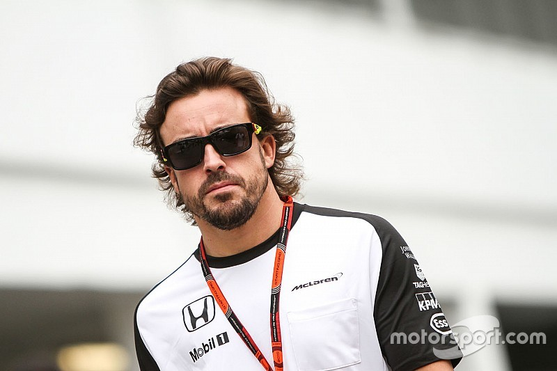 """Alonso - """"Soit vous êtes dans une Mercedes, soit vous êtes frustré"""""""