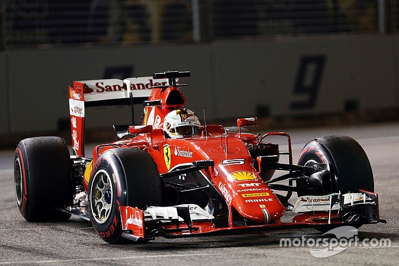 Vettel canta Cutugno e fa la parodia de L'Italiano