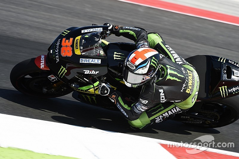 Bradley Smith entame le week-end dans le trio de tête
