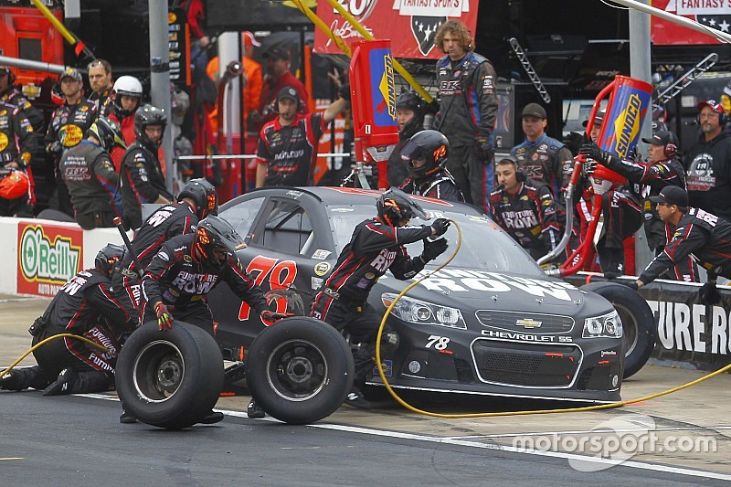 Martin Truex Jr. the latest Chase driver to see changes to pit crew