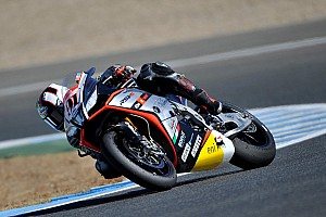 World Superbike Qualifying report Haslam splashes his way to French Superpole win