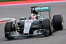 Mercedes kampioen na straf Raikkonen
