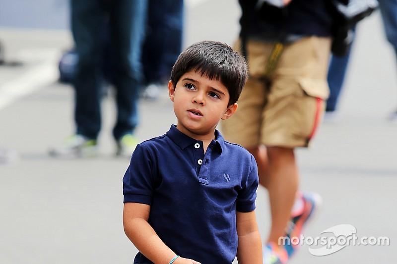 Felipinho Massa mostra habilidade no Dia das Crianças