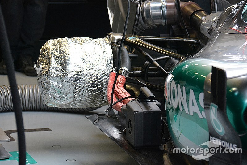 Tech analyse: Waarom Mercedes remwarmers gebruikt