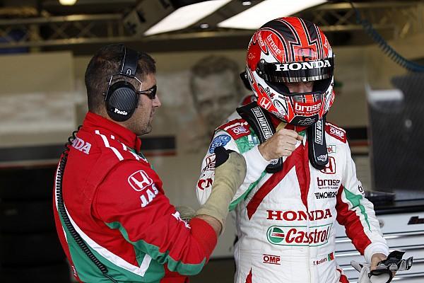 Monteiro venció en la segunda carrera