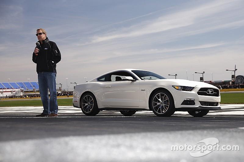 Ford: autofabrikanten moeten samenwerken met bedrijven als Apple