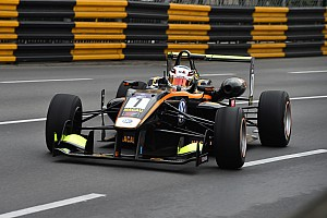 F3 Practice report Macau GP: Giovinazzi leads first practice