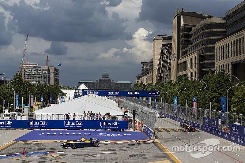 Formel E: Rahmenrennen mit fahrerlosen Autos