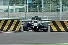 Vidéo - Button relève un étonnant défi à Silverstone!