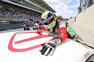 Brasileiro de Marcas Relato da corrida Mesmo com toque na largada, Meira é o campeão do Marcas