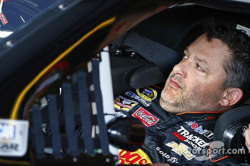 """""""Ernste"""" Rückenverletzung: Tony Stewarts letzte NASCAR-Saison in Gefahr"""