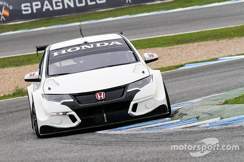 Test intensi per il Castrol Honda WTCC Team a Valencia