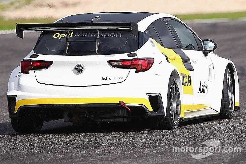 La DG Sport sceglie la Opel Astra per la TCR Benelux Series