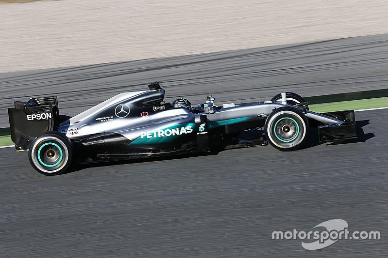 Rosberg domina la primera sesión en Barcelona