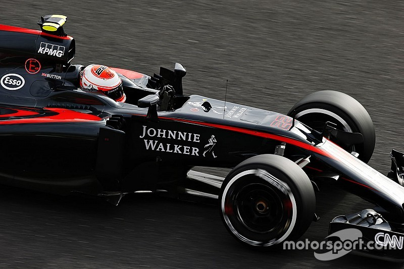 McLaren volta a ter Johnnie Walker como anunciante
