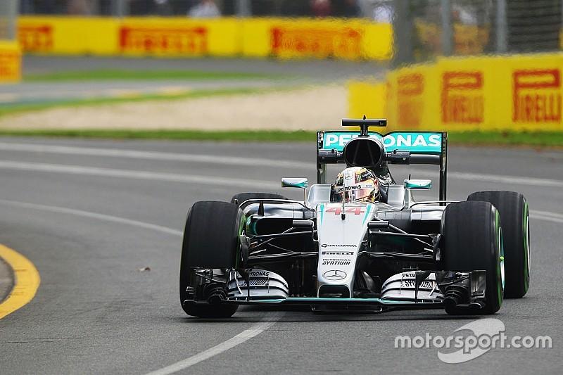 Hamilton ook snelste in tweede training, Verstappen niet in actie