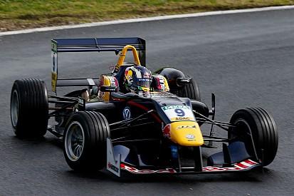 F3匈格罗宁测试第一天:塞特·卡马拉最快,周冠宇第七