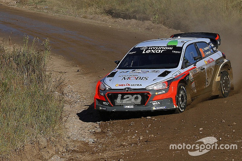 Argentina, PS14: brutto incidente per Latvala. Paddon primo!