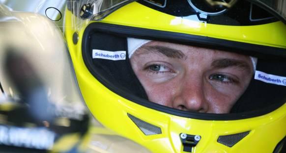 Rosberg Çin'de de lastiklerde sorun bekliyor