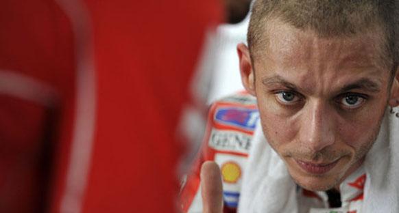 Valentino Rossi yarışa ikinci çizgiden başlamayı umuyor