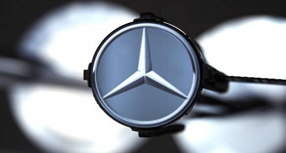 Mercedes, gelecek F1 sözleşmesi için sessizliğini koruyor