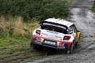 Galler'de Loeb kaçıyor Latvala kovalıyor