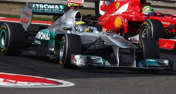 Rosberg Mercedes GP ile anlaşmasını uzattı