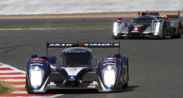 Silverstone 6 saatte zafer Peugeot'nun